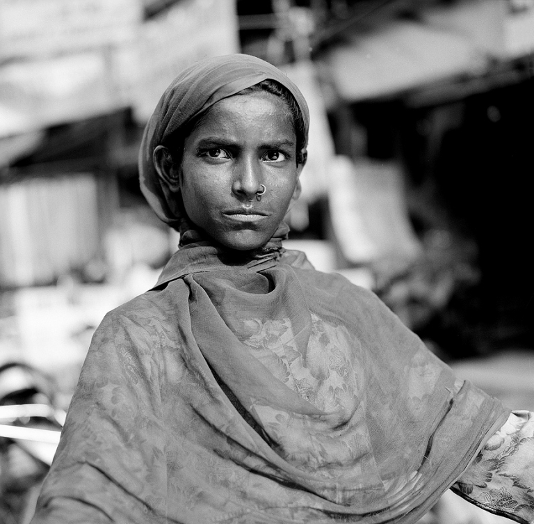 Girl on her bicycle Delhi. Image copyright Jason Scott Tilley.
