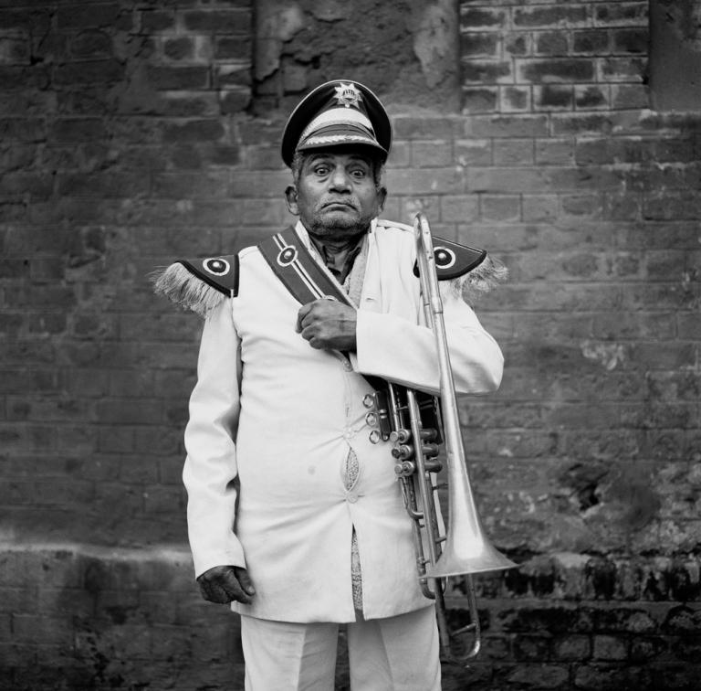 Wedding band man Delhipplowres